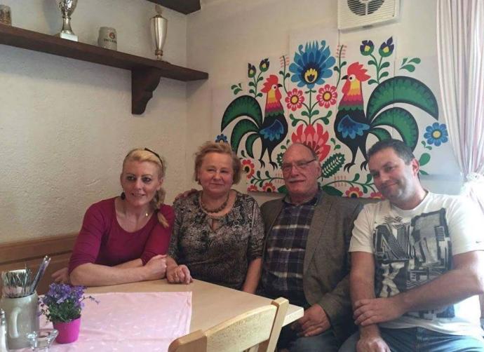 Iwetta (Restaurantsleiterin), Danuta und Werner Meier (Deutsch-Polnische Gesellschaft e.V.), Marcin (Restaurantsleiter)